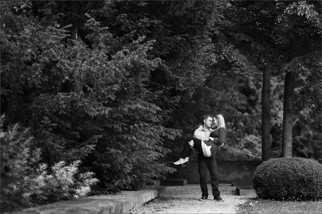 Fotoshooting im französischen Garten beim Wenkenhof in Riehen.