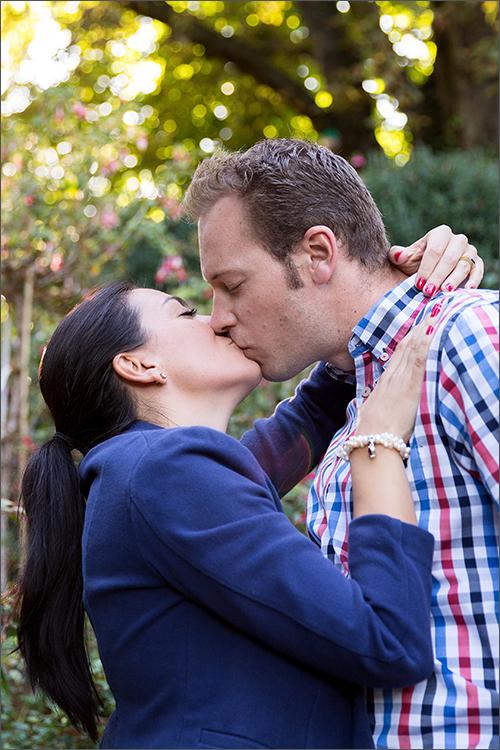 Verlobungs Fotoshooting Merian Gärten in Basel. Fotografiert von der Hochzeitsfotografin Soraya Häßler aus Rheinfelden.